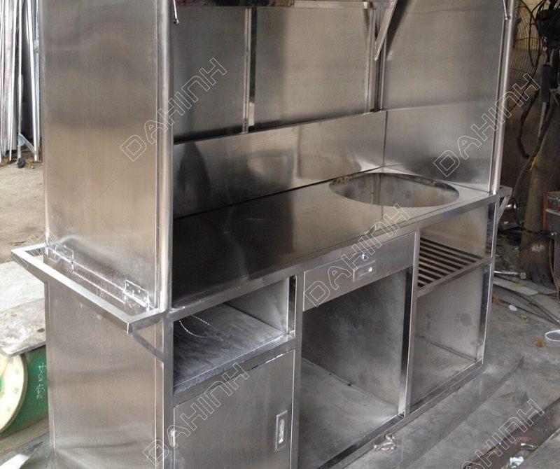 Xưởng cơ khí Đa Hình gia công bàn bếp công nghiệp chất lượng cao tại Hà Nội