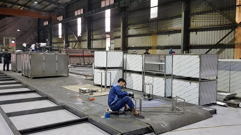 Gia công, sản xuất thùng bảo ôn theo yêu cầu tại Xưởng cơ khí Đa Hình