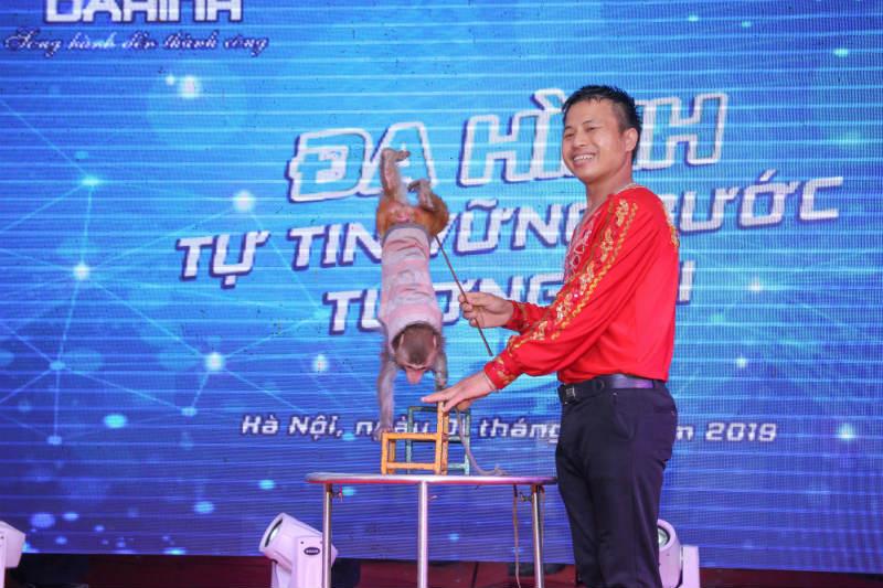 cong-ty-co-phan-san-xuat-thuong-mai-da-hinh-11