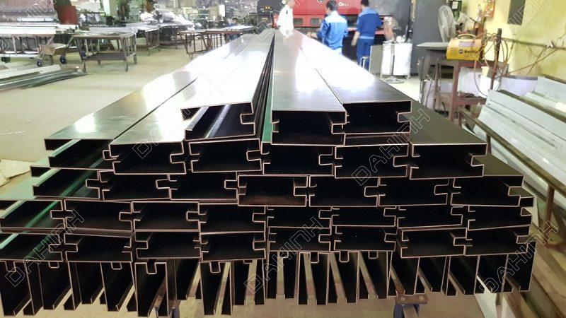 Gia công vách kính khung inox tại Hà Nội chất lượng cao