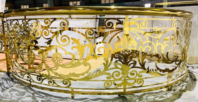 Gia công mạ màu cầu thang inox mạ vàng PVD