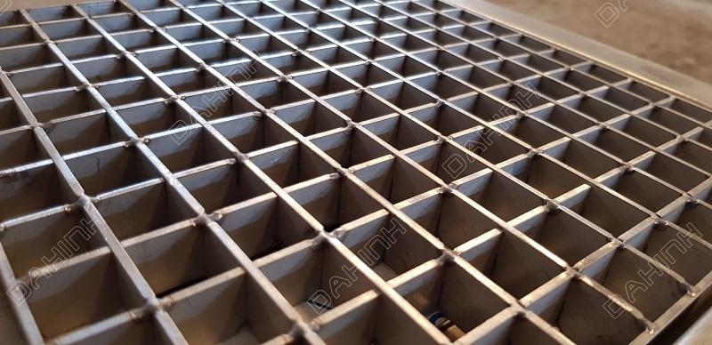 Gia công tấm sàn Grating theo yêu cầu, đảm bảo chất lượng cao