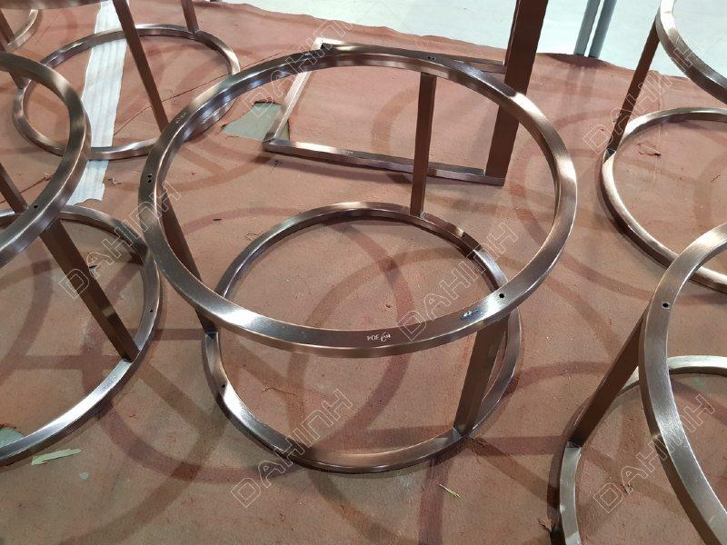 Mẫu bàn trà inox mạ pvd tại hà nội