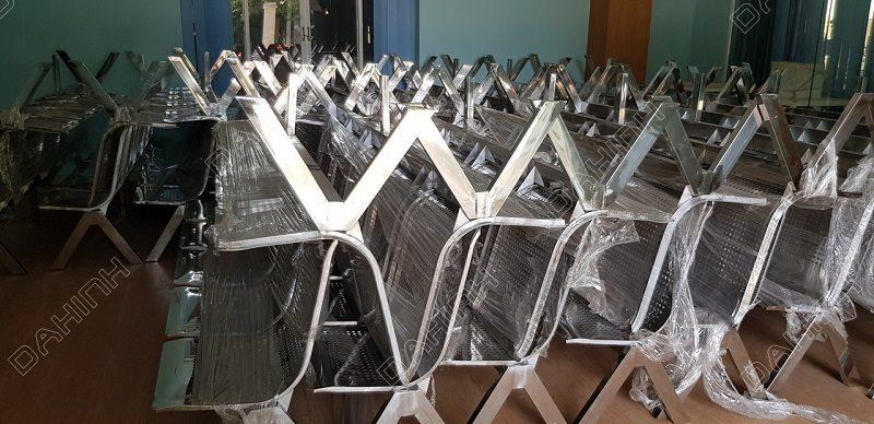 Gia công ghế inox phòng chờ theo yêu cầu, đảm bảo chất lượng cao