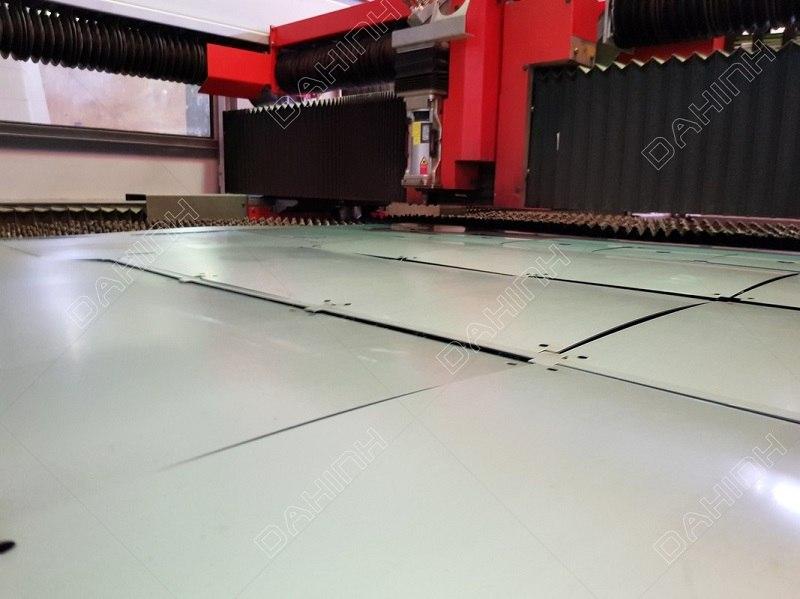 Báo giá cắt CNC thép tấm theo yêu cầu